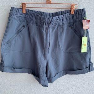 NWT Tangerine   Gray Shorts   Size XL
